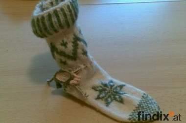 selbstgestrieckte Sockchen
