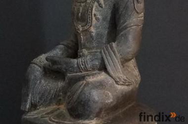 Suche 1 grosse antike Bronzefigur aus Asien
