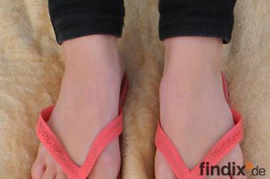 Suche einige weibliche Modelle für Fußfoto-Shooting