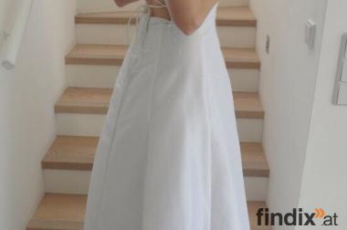 Traumhaftes Brautkleid mit elegantem Rückenausschnitt- Gr. 34-38