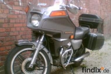 Verkaufe Honda GL Silverwing mit Extras!