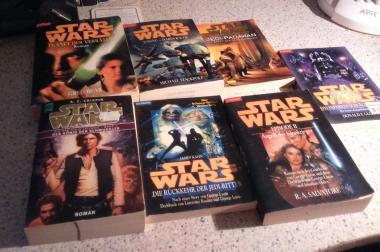 Verkaufe mehrere Star Wars Bücher