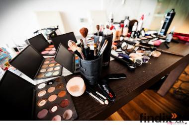Visagistin / Make Up & Frisuren / Wien