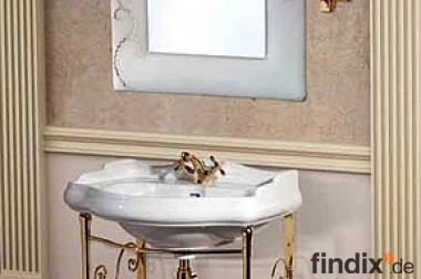 Waschbecken mit Wandhalterung in Gold