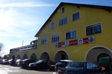 Wohn- Geschäftshaus in herrlicher exponierter Lage westlich von A