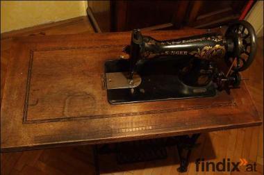 Wunderschöne alte SINGER-Nähmaschine von 1913 günstigst abzugeben