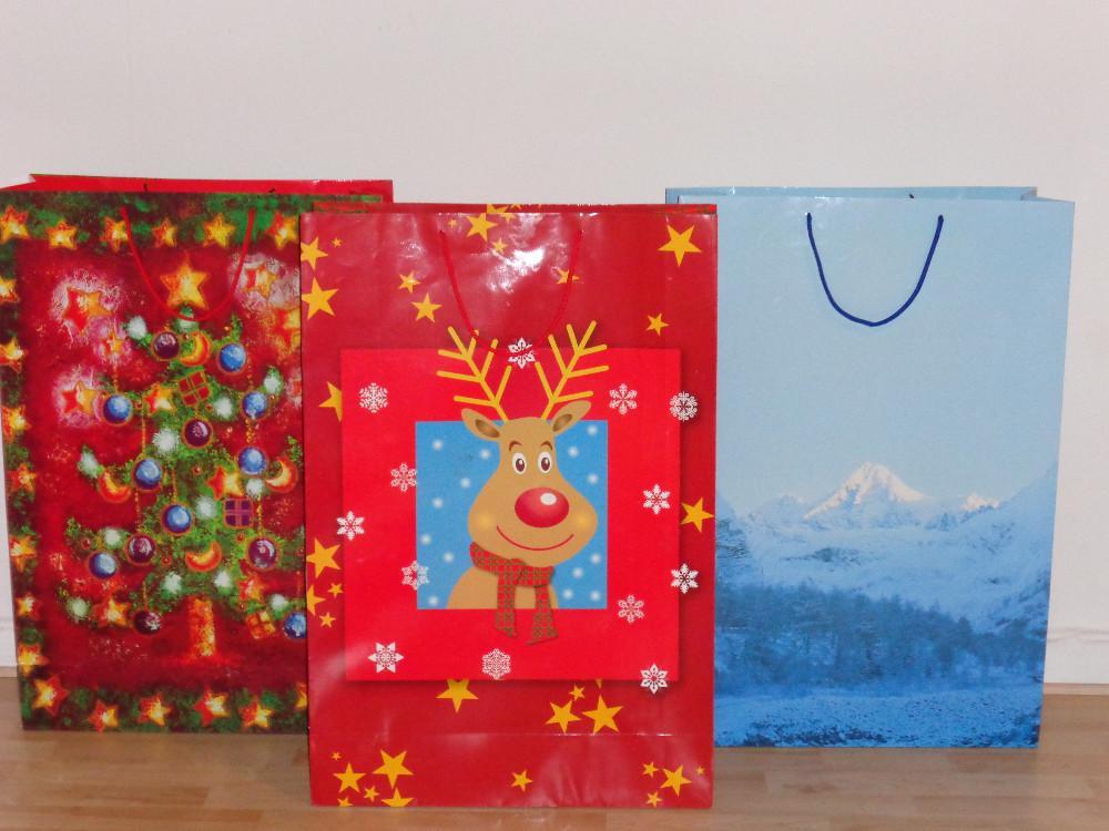 3 sehr gro e geschenktaschen geshenkt ten weihnachten. Black Bedroom Furniture Sets. Home Design Ideas