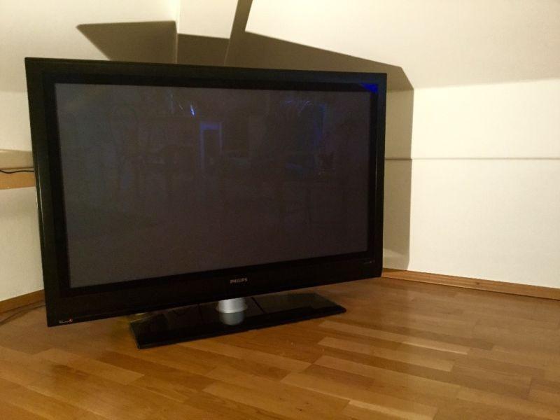 50 zoll plasma fernseher von philips 897187. Black Bedroom Furniture Sets. Home Design Ideas