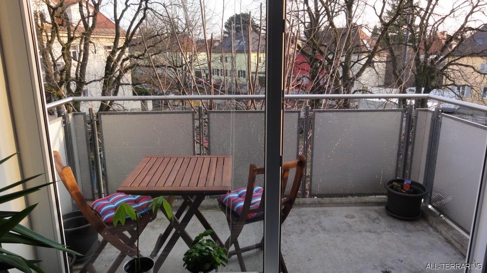 all terraring perfekt und g nstig wohnen in pasing s e 1 5 zimmer wohnung mit s d balkon 444481. Black Bedroom Furniture Sets. Home Design Ideas