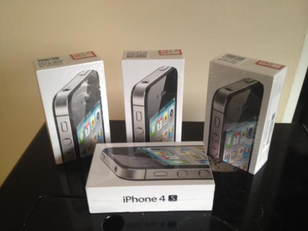 apple iphone 4s 32gb neu ovp 836697. Black Bedroom Furniture Sets. Home Design Ideas