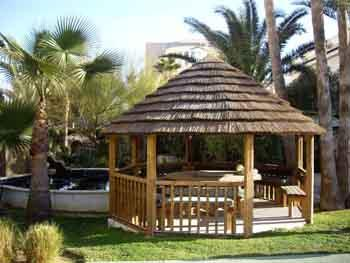 Cenadores pergolas parasoles muebles de jardin para - Cenadores de jardin ...