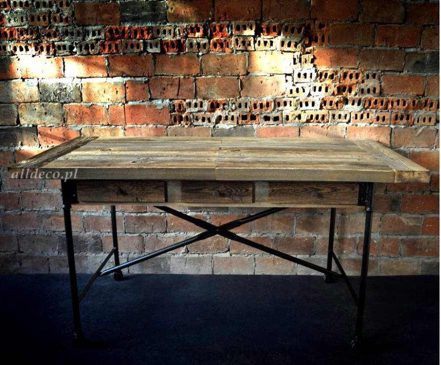 einzigartige m bel aus altholz 887444. Black Bedroom Furniture Sets. Home Design Ideas