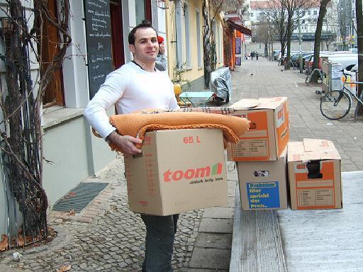erfahrene umzugshelfer studenten berlin 837675. Black Bedroom Furniture Sets. Home Design Ideas
