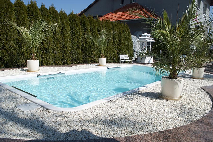 Schwimmbecken im garten for Garten pool chlortabletten