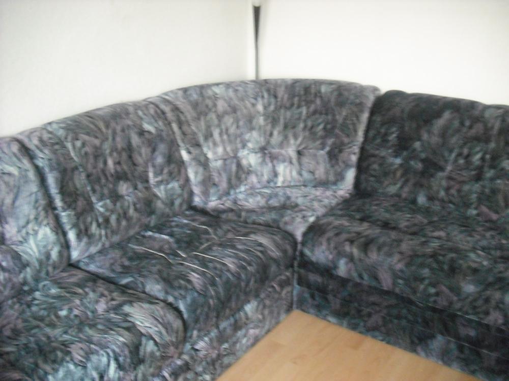 gro es ausklappbares ecksofa 795801. Black Bedroom Furniture Sets. Home Design Ideas