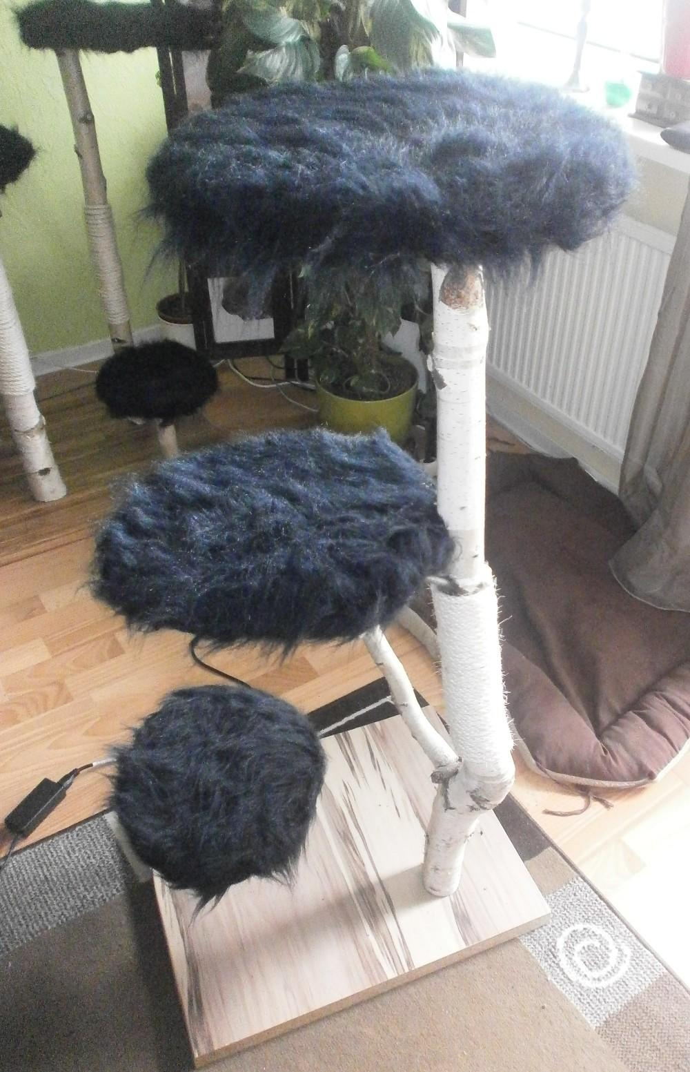 handanfertigung toller kratzbaum echt holz 824273. Black Bedroom Furniture Sets. Home Design Ideas