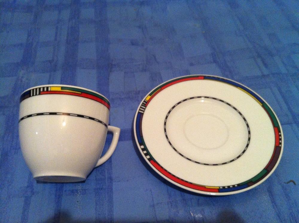 Kaffeetassen und Teller  850989 ~ Geschirr Migros