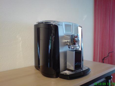 kaffeevollautomat saeco primea cappuccino duo 204169. Black Bedroom Furniture Sets. Home Design Ideas