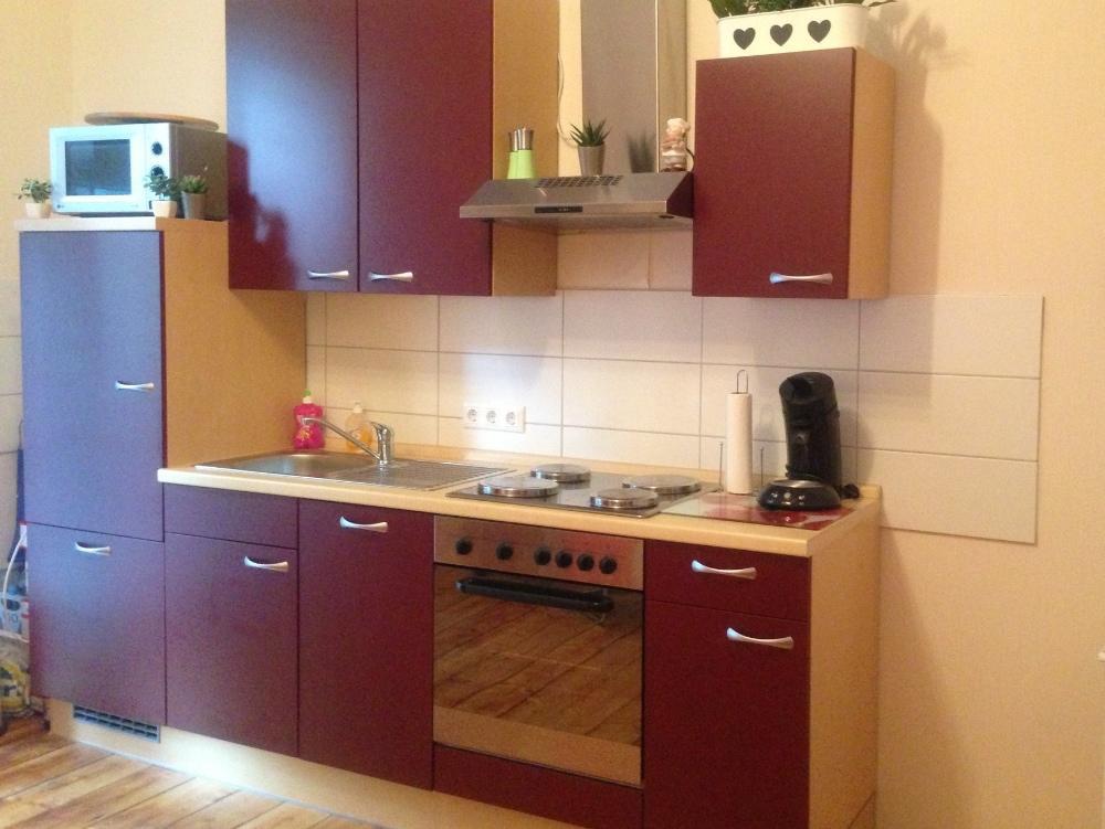 Küche mit elektrogeräten  Küche mit Elektrogeräten in sehr gutem Zustand - 848485