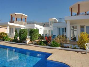 luxusvilla palazzo auf der kanaren insel teneriffa mit pool 35195. Black Bedroom Furniture Sets. Home Design Ideas