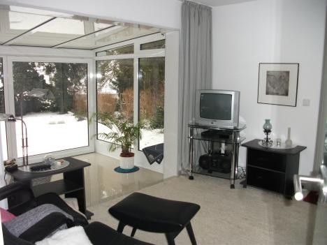 m blierte 60qm wohnung in essen mit wintergarten terrasse loggia 216749. Black Bedroom Furniture Sets. Home Design Ideas