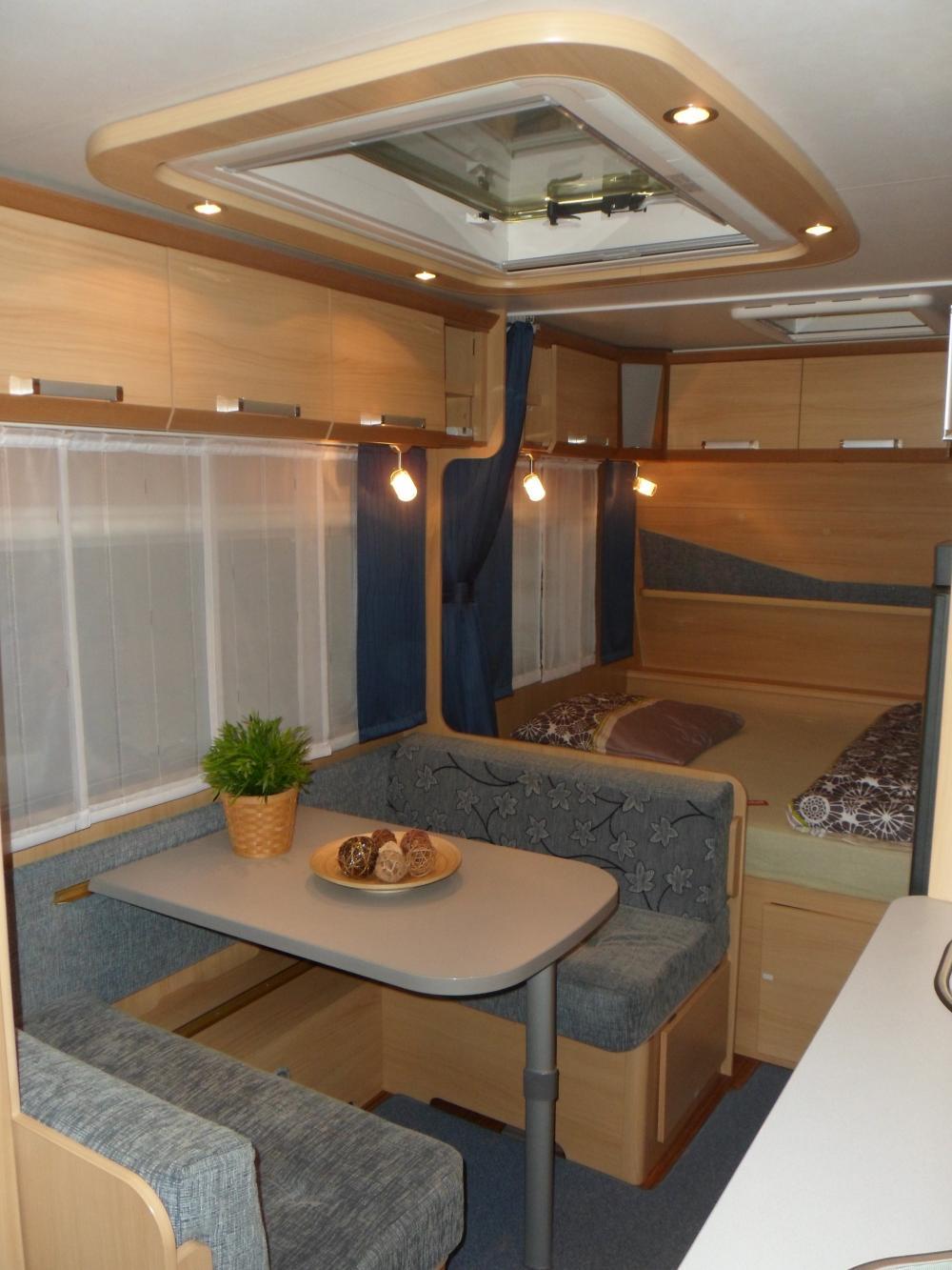 Neuwertiger LMC Wohnwagen zu verkaufen  716807