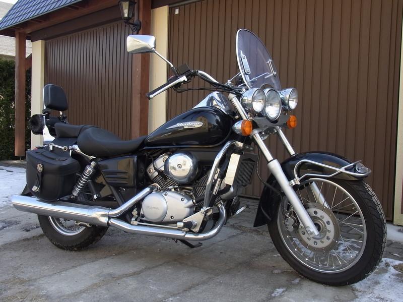 honda motorrad shadow 125cc motorrad bild idee. Black Bedroom Furniture Sets. Home Design Ideas