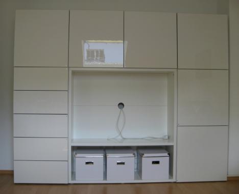 schicke tv schrankwand wegen umzug abzugeben 185790. Black Bedroom Furniture Sets. Home Design Ideas