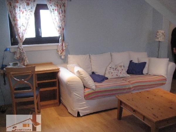 sch ne 3 zimmerwohnung in wiesbaden city 390214. Black Bedroom Furniture Sets. Home Design Ideas