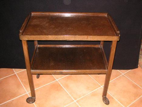 teewagen aus uromas zeiten 186459. Black Bedroom Furniture Sets. Home Design Ideas