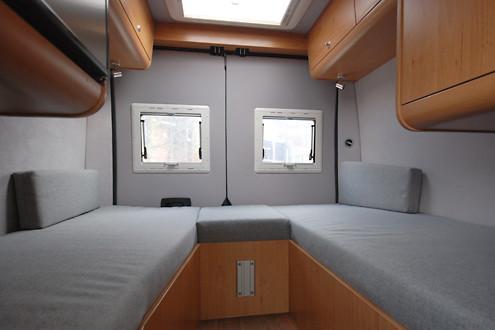 tischler in f r wohnmobilausbau 836366. Black Bedroom Furniture Sets. Home Design Ideas