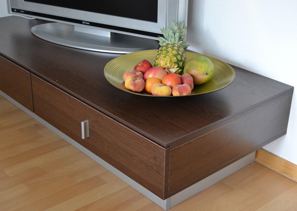 tv bank super robust 845298. Black Bedroom Furniture Sets. Home Design Ideas