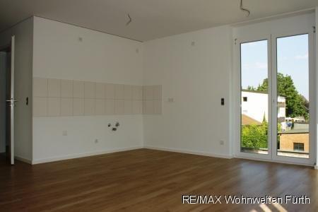 wohnen ohne kompromisse mit offener k che balkon und. Black Bedroom Furniture Sets. Home Design Ideas